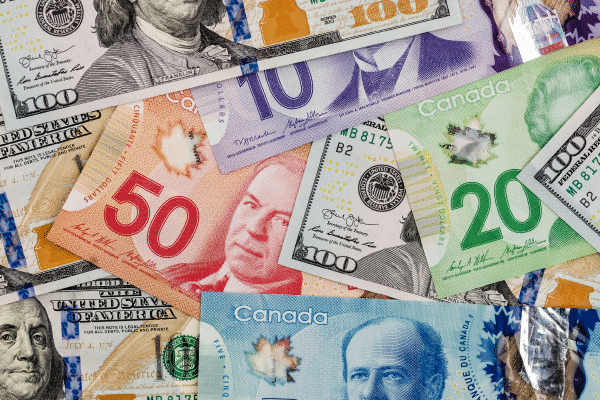 US Currency Exchange for Canadians